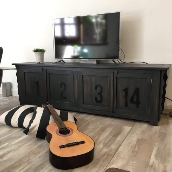 mueble-TV-vintage-industrial