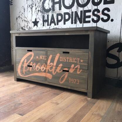 Mueble TV estampado cobre